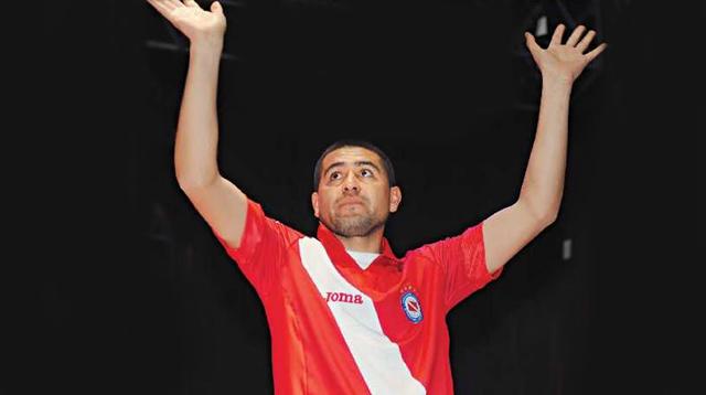 Riquelme en presentación con Argentinos Juniors