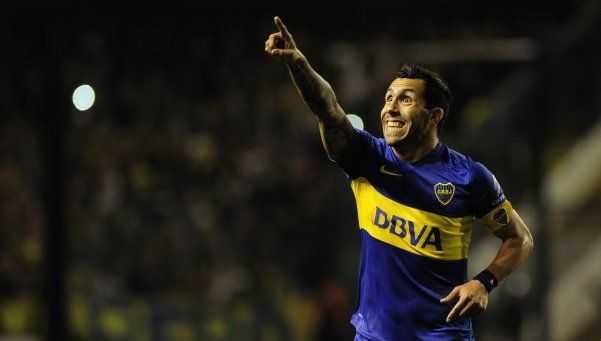 VIDEO: ¿A quién dedicó Tévez su segundo gol?