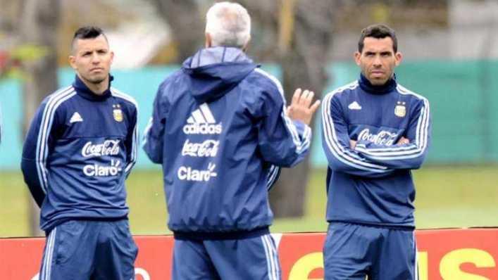 Sergio Agüero le quitó un récord para elegidos a Carlos Tevez en la Premier League