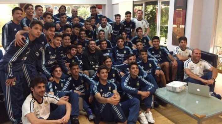 Aimar: En Argentina hay un jugador con cosas de Riquelme