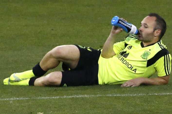 """Andrés Iniesta: """"Con sólo ver día a día a Riquelme, aprendías mucho"""""""