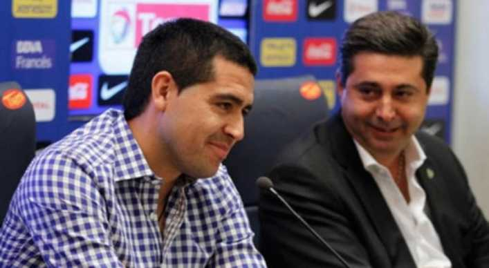 Angelici quiere que Riquelme vuelva a trabajar en Boca