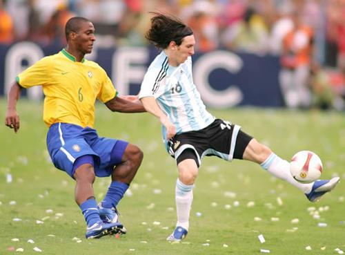 argentina deja muy herido a dunga