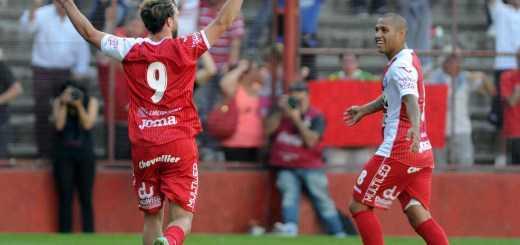 Argentinos empató 1 a 1 y volvió a Primera; Riquelme dijo �amo a Boca�