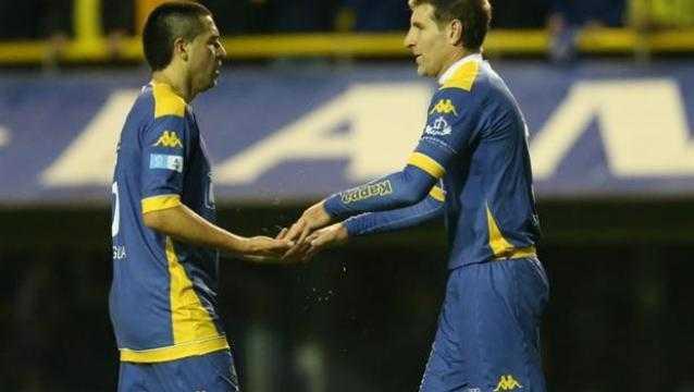 VIDEO: Así fue la ovación a Riquelme en la despedida de Battaglia