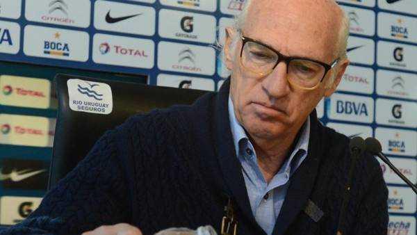 Bianchi metió presión por el contrato de Riquelme