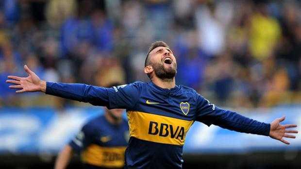 VIDEO: Boca se encamina hacia el título con una goleada a Banfield en la Bombonera