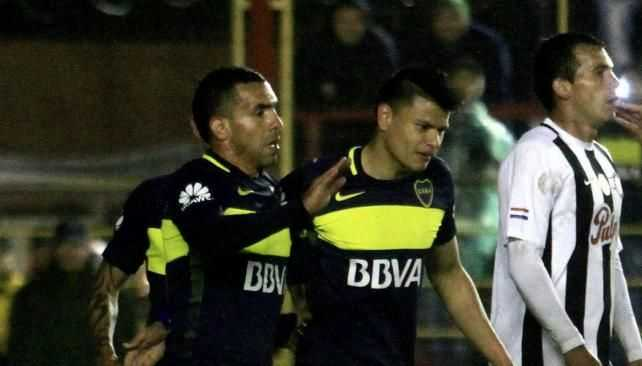 VIDEO: Boca le ganó 2-0 a Libertad con goles de Tevez y Bou