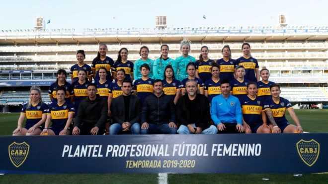 Boca presentó a su equipo femenino en La Bombonera