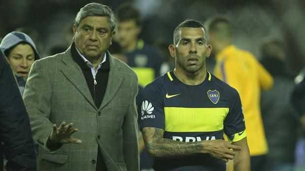 Carlos Tévez analiza retirarse del fútbol a fin de año