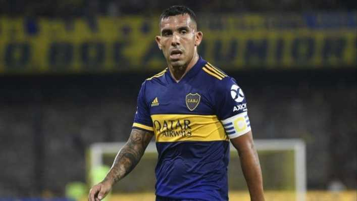 Carlos Tevez apareció en Twitter para desmentir un repudiable rumor