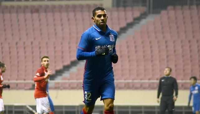Carlos Tevez marcó su primer gol en China