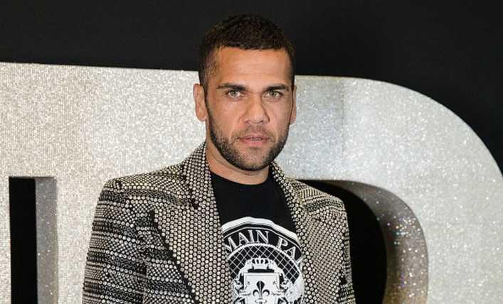 Conmigo, Alves estría jugando en Boca