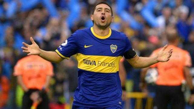 Riquelme cumple 400 partidos en la Argentina