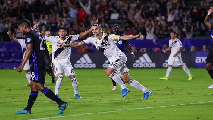 ¡Daniel Angelici habló sobre la posible llegada de Zlatan a Boca!