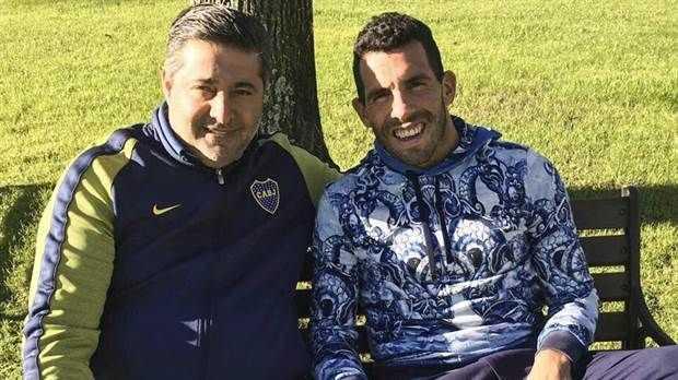 Daniel Angelici se reunió con Carlos Tevez y su representante