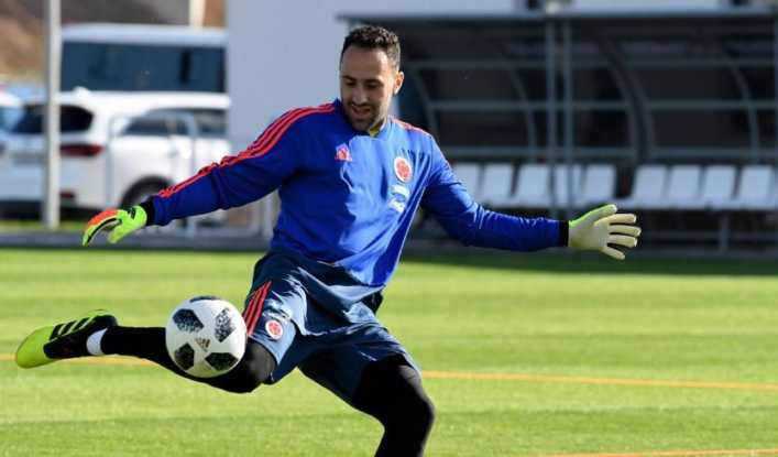 DAVID OSPINA SALDRIA DEL ARSENAL RUMBO A BOCA JUNIORS