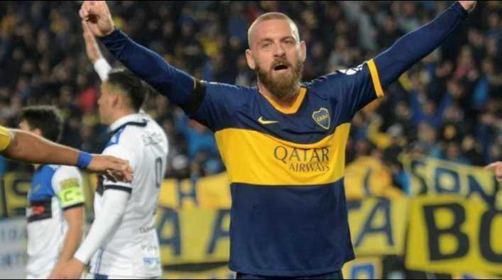 De Rossi le mandó su camiseta de Boca a un jugador de Italia...