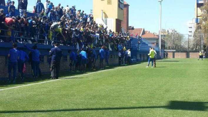Efecto Carlos Tevez: más de 700 hinchas vieron la práctica de Boca