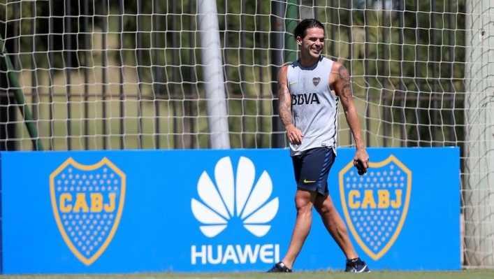 El cariñoso gesto de los hinchas de Boca hacia Fernando Gago