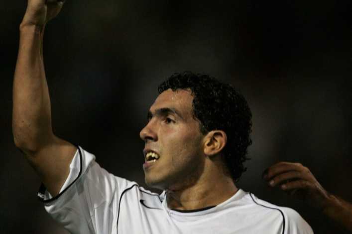El día que Carlos Tévez brilló contra Santos FC