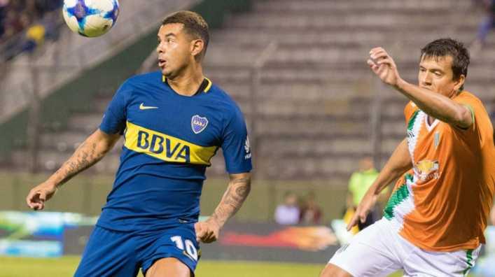 El golazo de Edwin Cardona en el amistoso entre Boca y Banfield