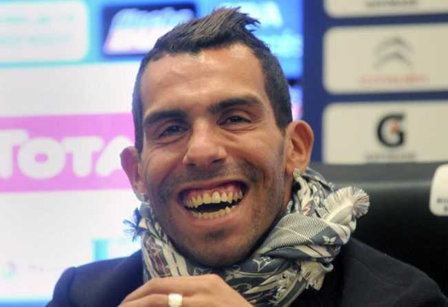 VIDEO: El humor de Carlitos Tevez, un grande