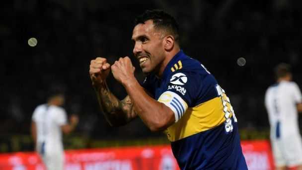 El ofrecimiento que Riquelme le habría hecho a Tevez