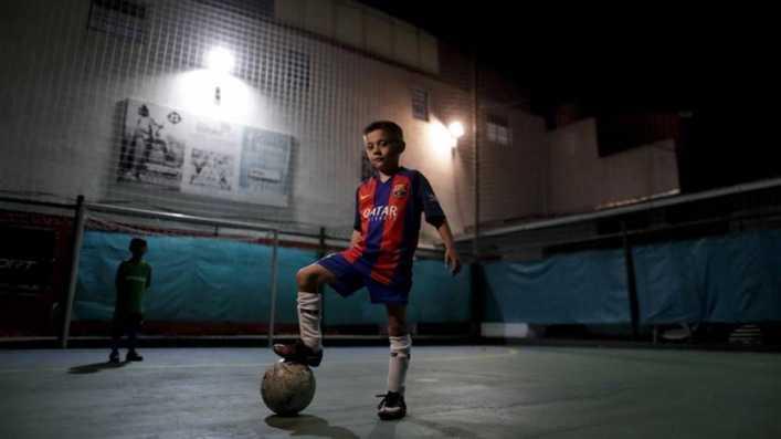 El sueño de encontrar al próximo Messi en La Masía argentina