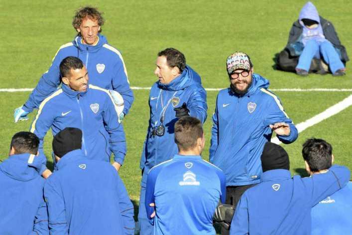 VIDEO: El trío de Oro: Osvaldo, Tevez y Lodeiro