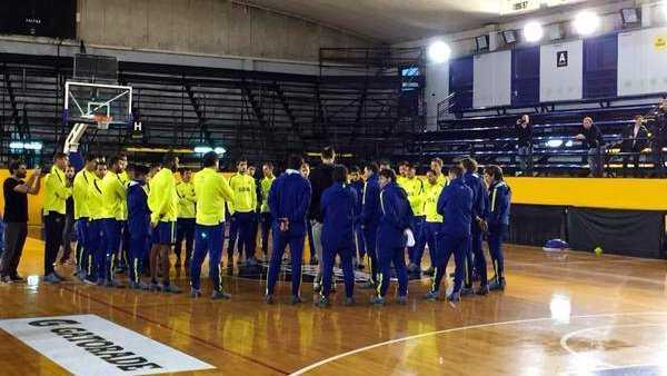 VIDEO: Emanuel Ginóbili estuvo con el plantel de Boca Juniors