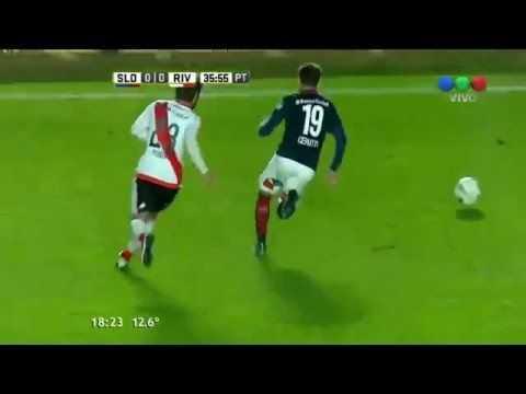 VIDEO: El espectacular caño a jugador de River Plate a lo Riquelme