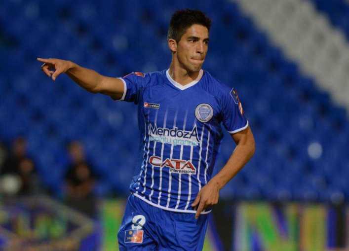 """VIDEO: Fernández: """"Me gustaría jugar con Tevez"""""""