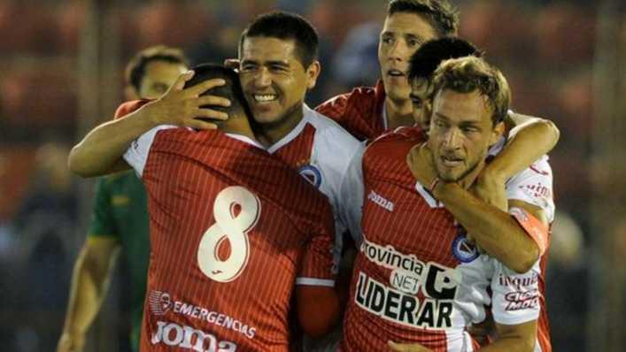 """Forastiero: """"Riquelme cumplió con Argentinos, yo sabía que nos iba a dejar en Primera"""""""