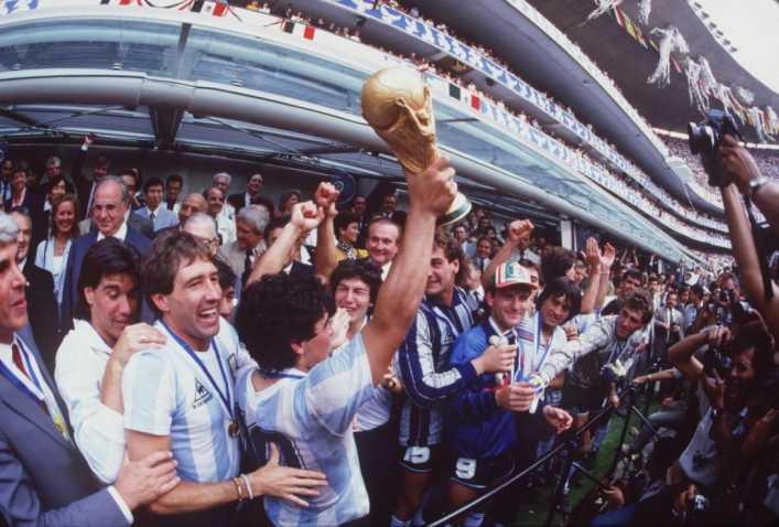 FOTOS: Hace 40 años inició el romance entre Maradona y la selección Argentina
