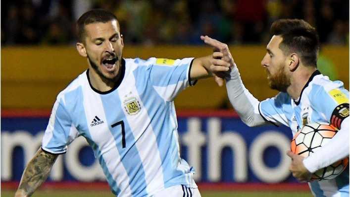 Fuerte respaldo de Benedetto a Messi