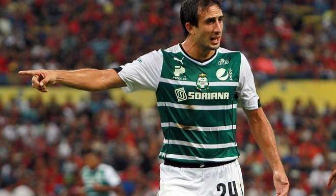 Hay posibilidades de que Carlos Izquierdoz se vaya a Boca Juniors