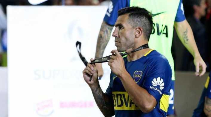 Heinze sería el elegido por Tevez para el banco de Boca