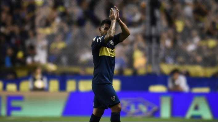Hinchas de Boca le van a dar una camiseta especial a Tevez para la final