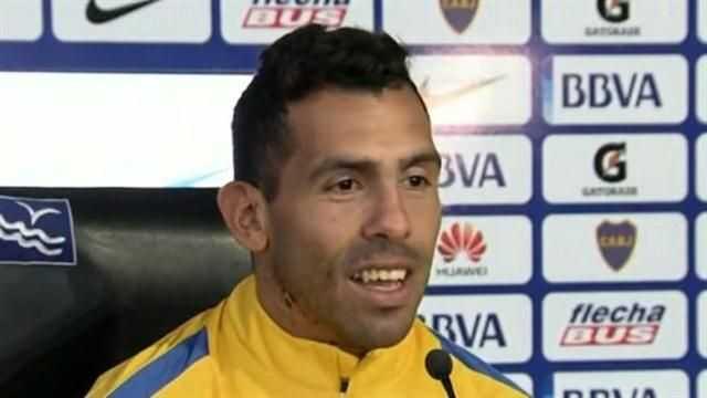 VIDEO: La tremenda broma de Tevez a la prensa argentina