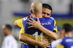 Riquelme: 'La única vez que hicimos tres toques seguidos fue gol'