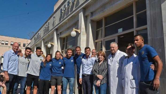 La visita de Villa y Almendra al hospital Borda