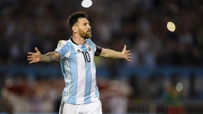 Leo Messi festeja sus 32 años con la clasificación