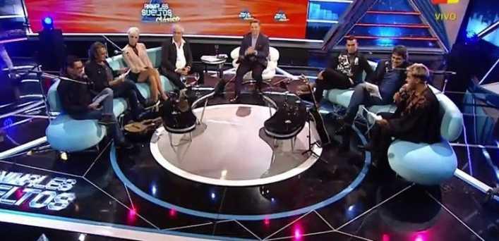 VIDEO: Los Nocheros hicieron emocionar a Carlos Tevez