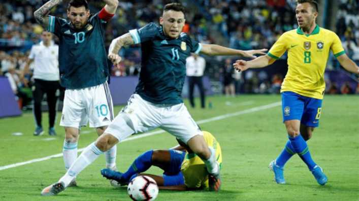 Lucas Ocampos se pierde el partido contra Uruguay por lesión