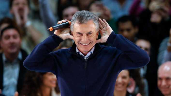 Macri imitó al Topo Gigio de Riquelme en su cierre de campaña