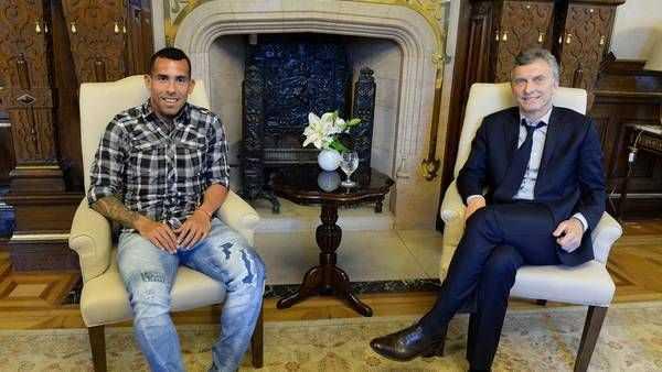 Macri recibió a Carlos Tevez en la Casa Rosada