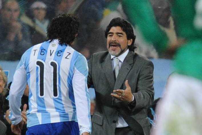 """Maradona ya dio por hecha la llegada de Tevez a Boca: """"Bienvenido a casa"""""""