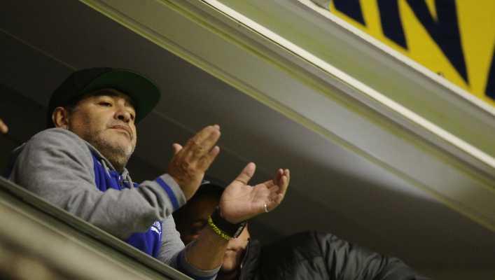 Maradona explotó contra la dirigencia de Boca Juniors
