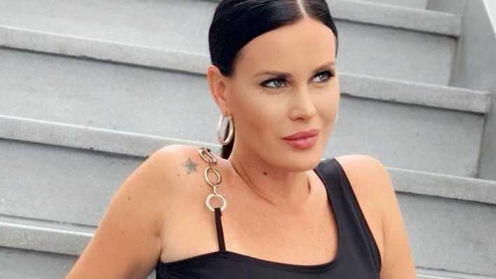 Natalie Weber enloqueció a los seguidores con su particular look